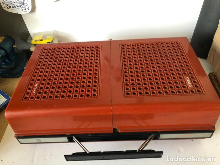 Gramófonos y gramolas: Tocadiscos portàtil o a corriente PHILIPS MOD. 623 con altavoces incorporados - Foto 11 - 171368223