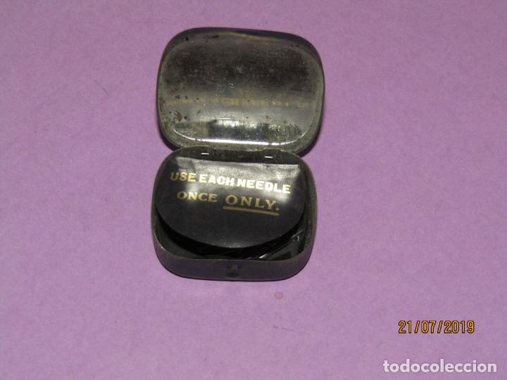 Gramófonos y gramolas: Antigua Cajita en Hojalata Litografiada con 28 Agujas para Gramola Gramófono ODEON - Foto 4 - 171817498