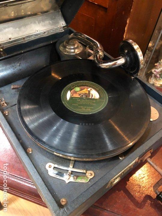 Gramófonos y gramolas: MAGNIFICA GRAMOFONO MALETIN FUNCIONANDO PERFECTAMENTE - Foto 11 - 172530823