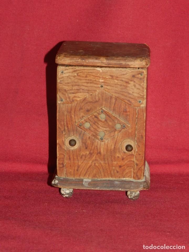 Gramófonos y gramolas: (M) GRAMOFONO EN MINIATURA DE MADERO PRICNIPIOS AÑOS 20, GRAMOFONO ARTE POPULAR - Foto 4 - 175688809