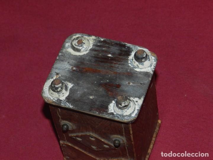 Gramófonos y gramolas: (M) GRAMOFONO EN MINIATURA DE MADERO PRICNIPIOS AÑOS 20, GRAMOFONO ARTE POPULAR - Foto 7 - 175688809