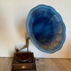 Gramófonos y gramolas: ANTIGUO GRAMOFONO ROC. Lote 189733140