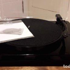 Gramófonos y gramolas: TOCADISCOS AUNA TT CLASSIC CON ALTAVOCES USB . Lote 176392459