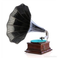 Gramófonos y gramolas: ANTIGUO GRAMÓFONO HMV MONARCH JUNIOR FRANCÉS. FRANCIA, CIRCA 1910. Lote 176570852