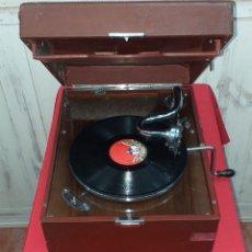 Gramófonos y gramolas: GRAMOLA DE MALETA PRIMERA MITAD DE SIGLO XX - COLUMBIA. Lote 176578638
