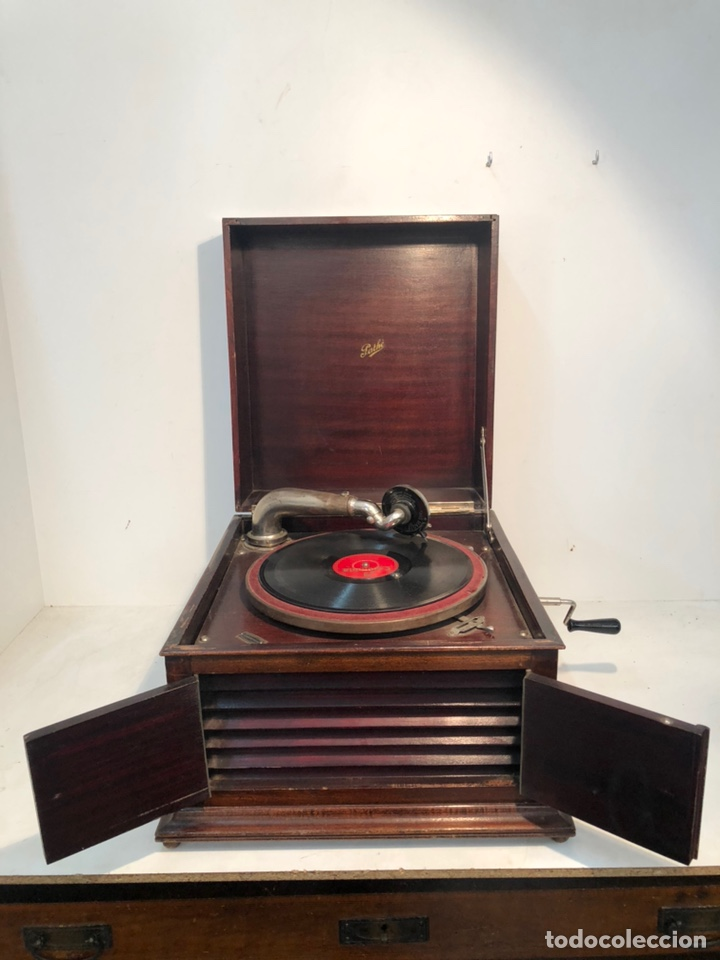 GRAMOFONO DE CAJA MARCA PATHE ANTIGUO. (Radios, Gramófonos, Grabadoras y Otros - Gramófonos y Gramolas)