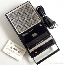 Gramófonos y gramolas: CASSETTE-PANASONIC SLIM LINE PORTABLE. MADE IN JAPAN 1978. Lote 178249017
