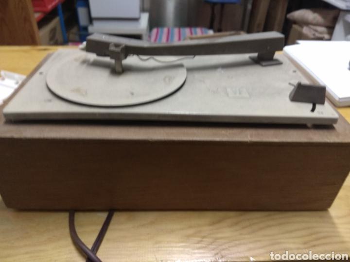 Gramófonos y gramolas: Tocadiscos Antiguo - Foto 2 - 180075016