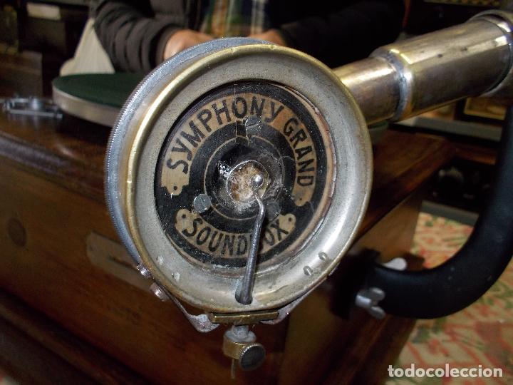 Gramófonos y gramolas: gramofono Funcionando - Foto 3 - 181495437