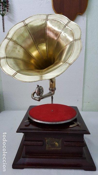 GRAMOFONO SSS MADE IN GERMANY (Radios, Gramófonos, Grabadoras y Otros - Gramófonos y Gramolas)