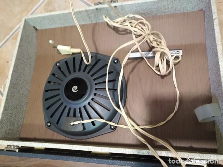 Gramófonos y gramolas: Tocadiscos Portatil Maleta COSMO modelo Conver 1000 - Foto 4 - 183466370