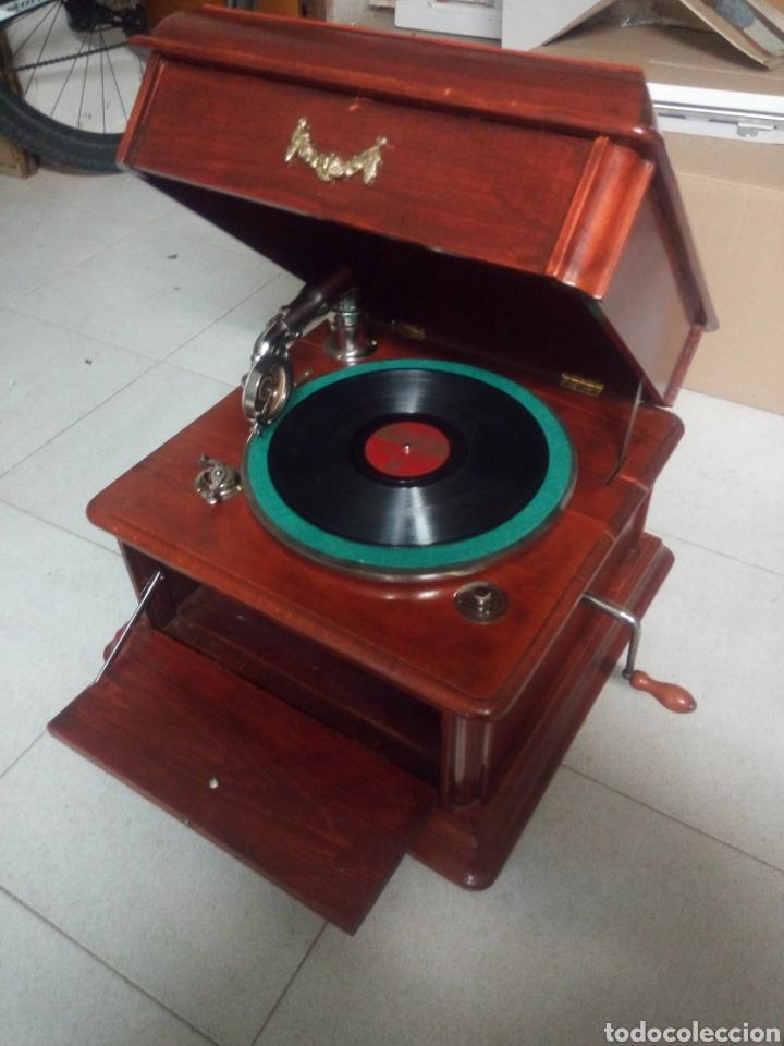 Gramófonos y gramolas: ESPECTACULAR GRAMÓFONO DE MADERA CIRCA 1920 ENVIO GRATIS!!!! - Foto 10 - 185660433