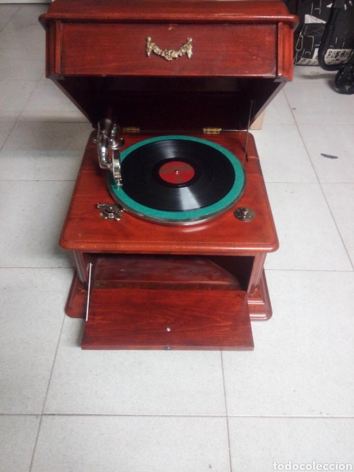 Gramófonos y gramolas: ESPECTACULAR GRAMÓFONO DE MADERA CIRCA 1920 ENVIO GRATIS!!!! - Foto 2 - 185660433