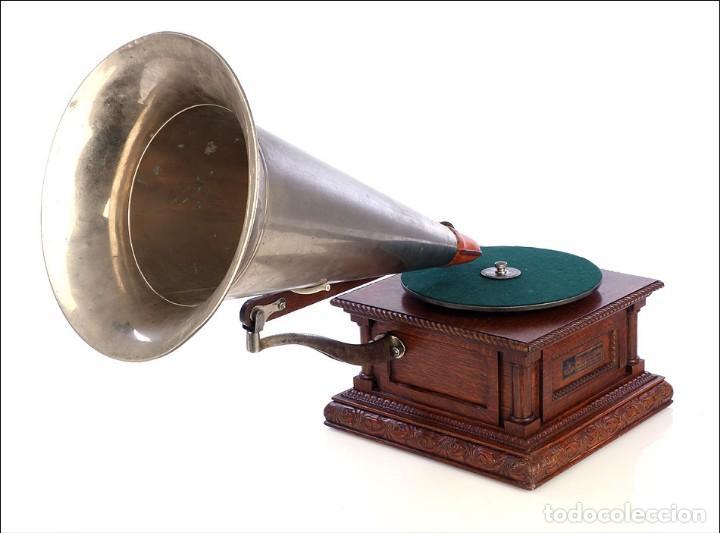 Gramófonos y gramolas: Antiguo Gramófono Monarch Europeo La Voz de su Amo. Francia, 1903 - Foto 6 - 185695856