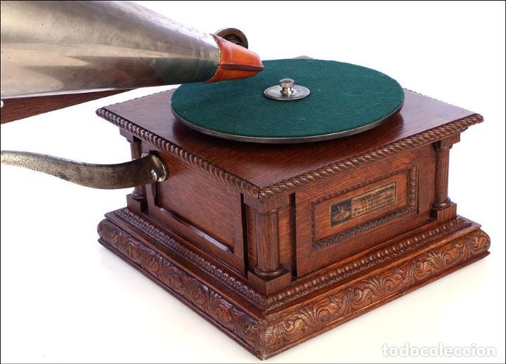 Gramófonos y gramolas: Antiguo Gramófono Monarch Europeo La Voz de su Amo. Francia, 1903 - Foto 10 - 185695856