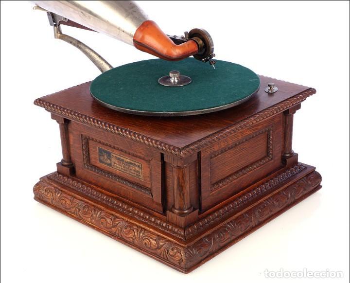 Gramófonos y gramolas: Antiguo Gramófono Monarch Europeo La Voz de su Amo. Francia, 1903 - Foto 13 - 185695856
