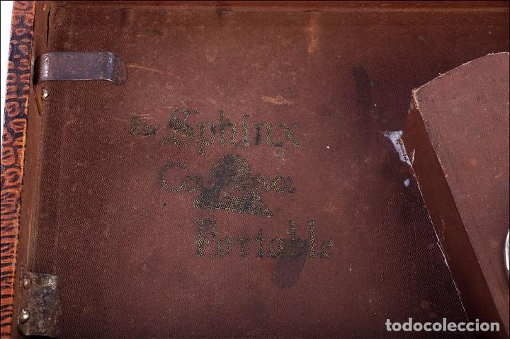 Gramófonos y gramolas: Antiguo Gramófono de Viaje Sphinx. Inglaterra, 1930 - Foto 7 - 185697567