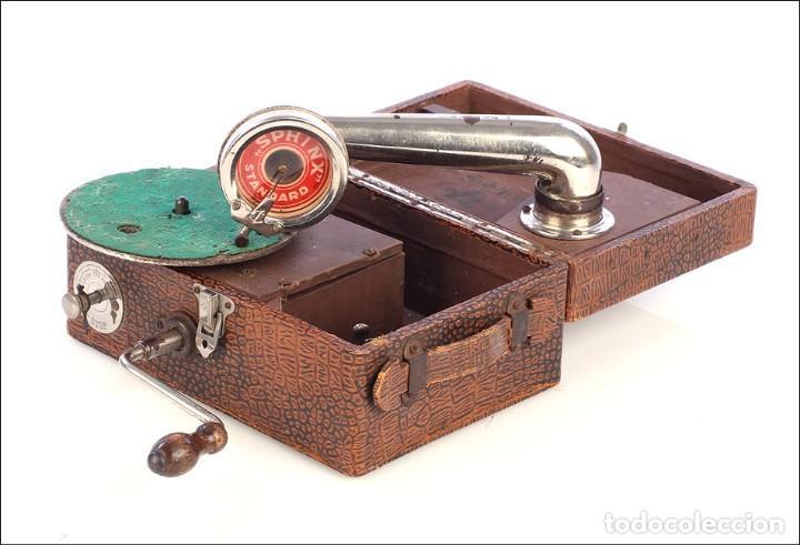 Gramófonos y gramolas: Antiguo Gramófono de Viaje Sphinx. Inglaterra, 1930 - Foto 8 - 185697567