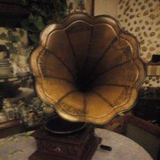 Gramófonos y gramolas: GRAMOLA LA VOZ DE SU AMO.ORIGINAL.ALTAVOZ DECORADO A MANO.Nº 533. Lote 186005475