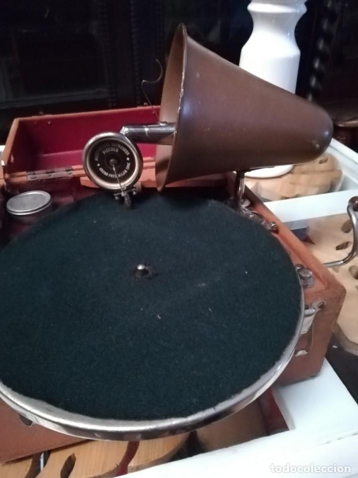 GRAMÓFONO DE MALETA CON BOCINA LA VOZ DE SU AMO. C. COPPEL.MUY RARO.FUNCIONANDO. (Radios, Gramófonos, Grabadoras y Otros - Gramófonos y Gramolas)