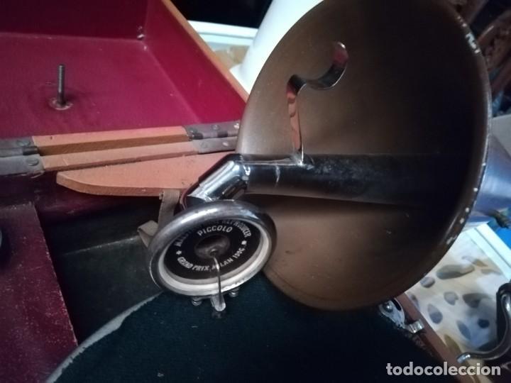Gramófonos y gramolas: GRAMÓFONO DE MALETA CON BOCINA LA VOZ DE SU AMO. C. COPPEL.MUY RARO.FUNCIONANDO. - Foto 6 - 190160241