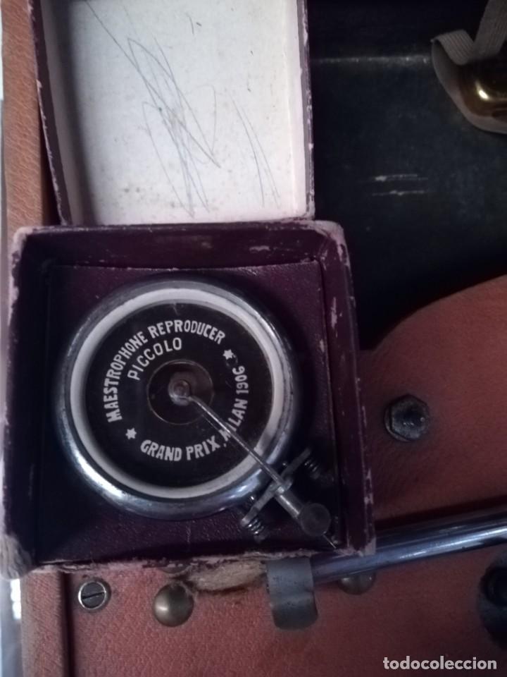 Gramófonos y gramolas: GRAMÓFONO DE MALETA CON BOCINA LA VOZ DE SU AMO. C. COPPEL.MUY RARO.FUNCIONANDO. - Foto 16 - 190160241