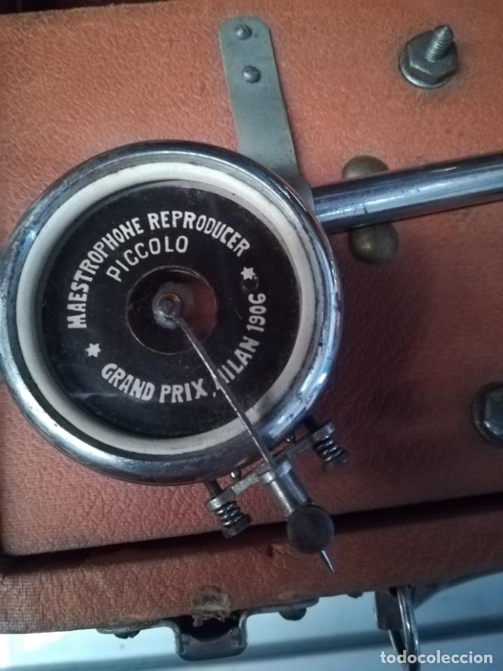 Gramófonos y gramolas: GRAMÓFONO DE MALETA CON BOCINA LA VOZ DE SU AMO. C. COPPEL.MUY RARO.FUNCIONANDO. - Foto 17 - 190160241