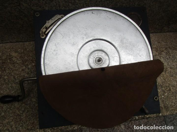 Gramófonos y gramolas: SUIZA - MAQUINA DE GRAMOLA marca THORENS GRAMOFONO PORTATIL EXCELENTE CONSERVACION 2.3KG +INFO - Foto 2 - 192366427