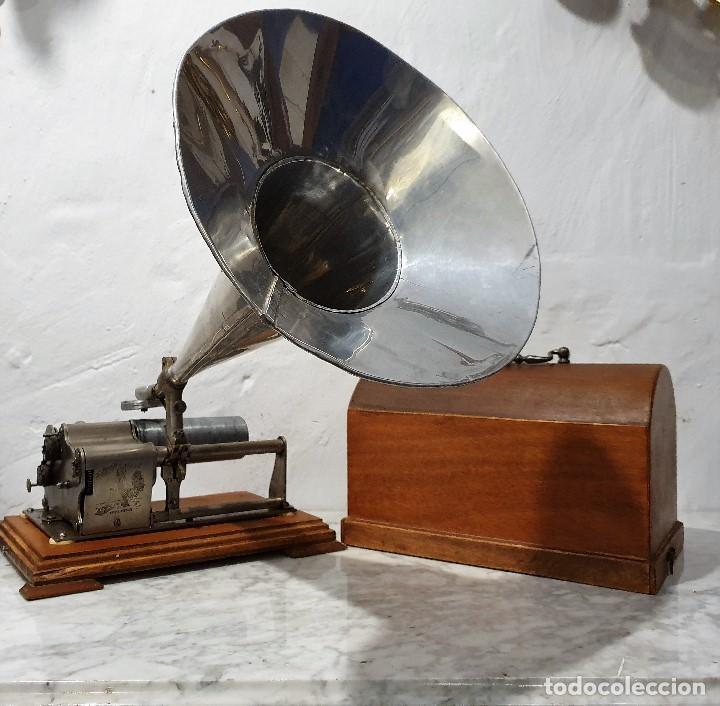 ANTIGUO FONOGRAFO PATHE ROYAL (Radios, Gramófonos, Grabadoras y Otros - Gramófonos y Gramolas)