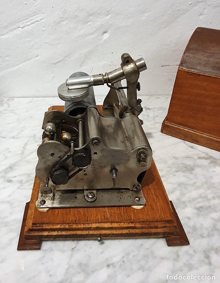 Gramófonos y gramolas: ANTIGUO FONOGRAFO PATHE ROYAL - Foto 4 - 193199198
