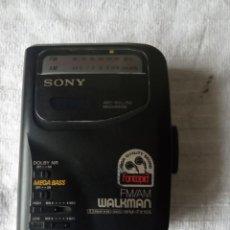 Gramófonos y gramolas: WALKMAN SONY RADIO CASSETTE WM EX105. Lote 193822731