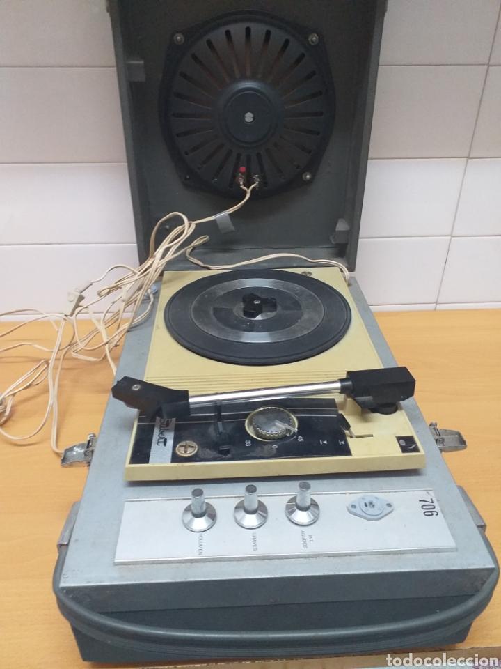 ANTIGUO TOCADISCOS MALETA MARCA STIBERT MOD 706, PARA RESTAURAR O PIEZAS (Radios, Gramófonos, Grabadoras y Otros - Gramófonos y Gramolas)