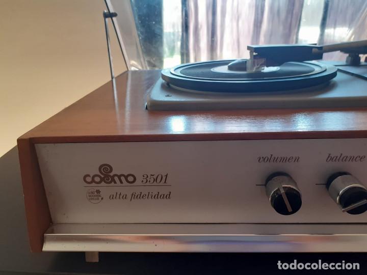 Gramófonos y gramolas: tocadiscos cosmos 3501 años 70 - Foto 8 - 194603718