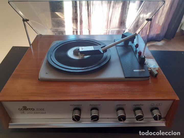 Gramófonos y gramolas: tocadiscos cosmos 3501 años 70 - Foto 10 - 194603718