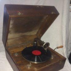 Gramófonos y gramolas: ANTIGUO GRAMOFONO MARCA PATHE!. Lote 194884272