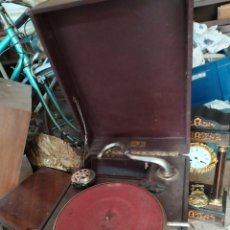 Gramófonos y gramolas: ANTIGUA GRAMOLA DE MANIVELA SIGLO XIX NO FUNCIONA. Lote 195383106