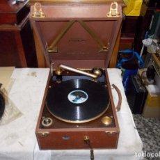 Gramófonos y gramolas: GRAMOLA COLUMBIA FUNCIONANDO. Lote 195399925