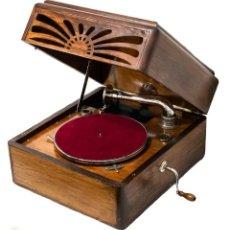 Gramófonos y gramolas: MAGNIFICO GRAMÓFONO DE MANIVELA, PATHÉ DE ORIGEN FRANCIA. Lote 195621458