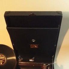 Gramófonos y gramolas: ANTIGUO GRAMÓFONO DE MALETA LA VOZ DE SU AMO 1924. Lote 196350300