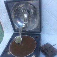 Gramofones e jukeboxes: ANTIGUO GRAMOFONO MARCA PATHE,PARA RECAMBIO!. Lote 197543687