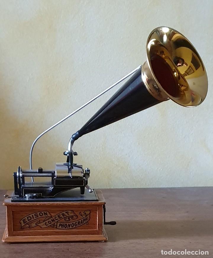 Gramófonos y gramolas: 5 FONÓGRAFOS - ESCALA 1/4 - MANUEL OLIVÉ SANS - CENTENARIO PHONÓGRAFO - NUMERADOS Y CERTIFICADOS. - Foto 4 - 200142547