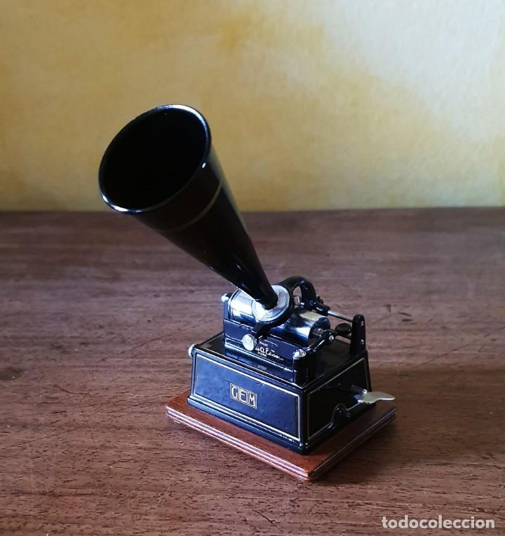 Gramófonos y gramolas: 5 FONÓGRAFOS - ESCALA 1/4 - MANUEL OLIVÉ SANS - CENTENARIO PHONÓGRAFO - NUMERADOS Y CERTIFICADOS. - Foto 12 - 200142547