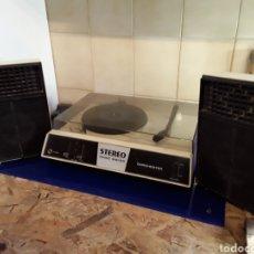 Gramófonos y gramolas: TOCADISCOS STEREO MUSIC MAKER(DORCHESTER)CON ALTAVOCES FUNCIONANDO. Lote 201202675