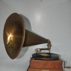 Gramófonos y gramolas: ESPECTACULAR GRAMÓFONO ANTIGUO EXCELENTE PIEZA DE DECORACIÓN MARCA PLANOPHON. Lote 204003806