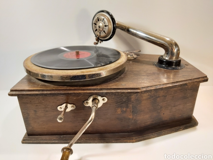 ANTIGUO GRAMÓFONO DE PEQUEÑAS DIMENSIONES (Radios, Gramófonos, Grabadoras y Otros - Gramófonos y Gramolas)