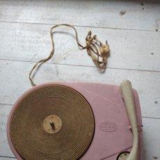 Gramófonos y gramolas: TOCADISCOS ODAG, DE BAQUELITA, LICENCIA LENCO, 1960, EL DE LAS FOTOGRAFÍAS,. Lote 207079118