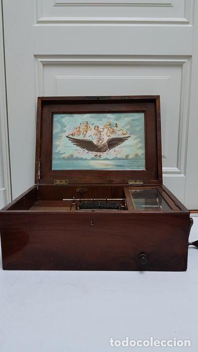 Gramófonos y gramolas: ANTIGUA CAJA DE MÚSICA ADLER CON UN DISCO año 1890 Peso 9 kg 1400 - Foto 4 - 207578493
