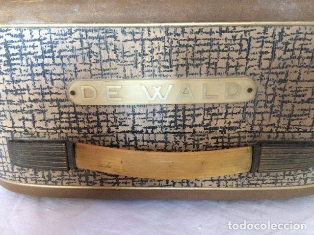 Gramófonos y gramolas: Antiguo tocadiscos De Wald, Vintage, años 1950/60 - Foto 2 - 209044313