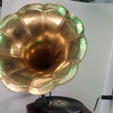 Gramófonos y gramolas: GRAMOFONO LA VOZ DE SU AMO HIS MASTER,S VOICE. Lote 210003703