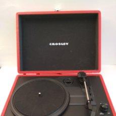 Gramófonos y gramolas: MALETIN TOCADISCOS CROSLEY. Lote 210446470